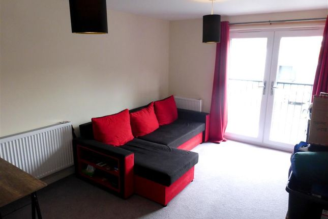 Thumbnail Flat to rent in Yannons Road, Paignton