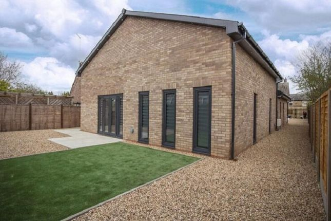 Thumbnail Bungalow for sale in New Road, Woodston, Peterborough, Cambridgeshire.