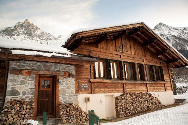 4 bed chalet for sale in Route Des Tissières, 74400 Chamonix-Mont-Blanc, France