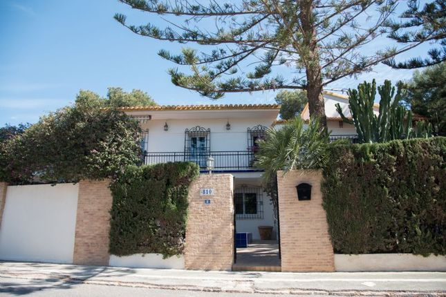Thumbnail Villa for sale in Dehesa De Campoamor, Alicante, Valencia, Spain