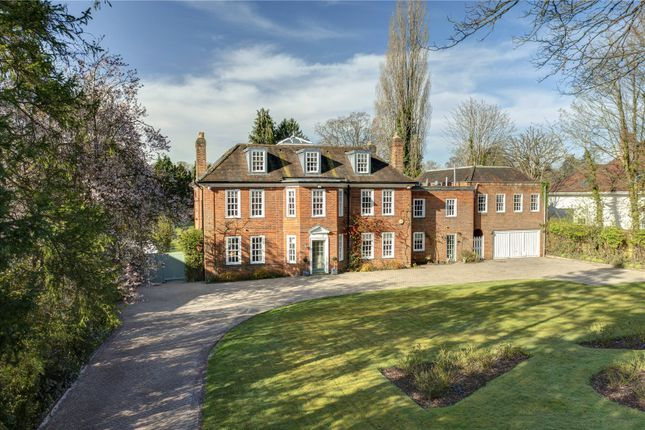 Thumbnail Detached house for sale in Penn Road, Beaconsfield, Buckinghamshire