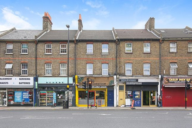 Thumbnail Flat for sale in High Street, Sutton, Surrey