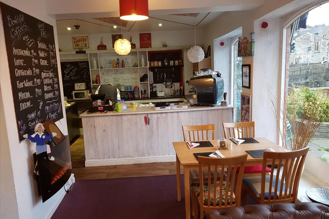 Thumbnail Restaurant/cafe for sale in Cafe & Sandwich Bars BD23, North Yorkshire