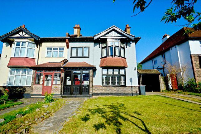 Picture No. 20 of Fryston Avenue, Croydon CR0