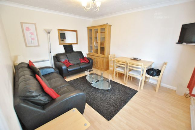 Thumbnail Detached house to rent in Robins Close, Uxbridge