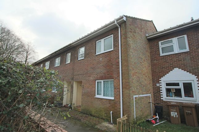 Thumbnail Terraced house to rent in Kingsway Gardens, Andover, Hampshire