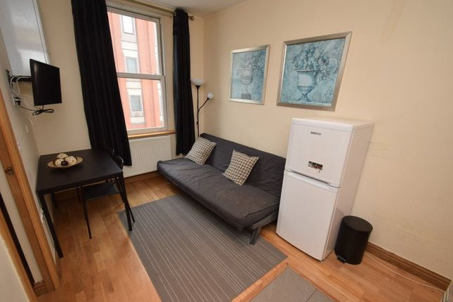 1 bed flat to rent in Praed Street, London
