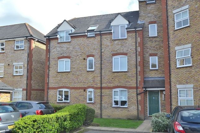 Thumbnail Flat for sale in Victoria Gate, Harlow