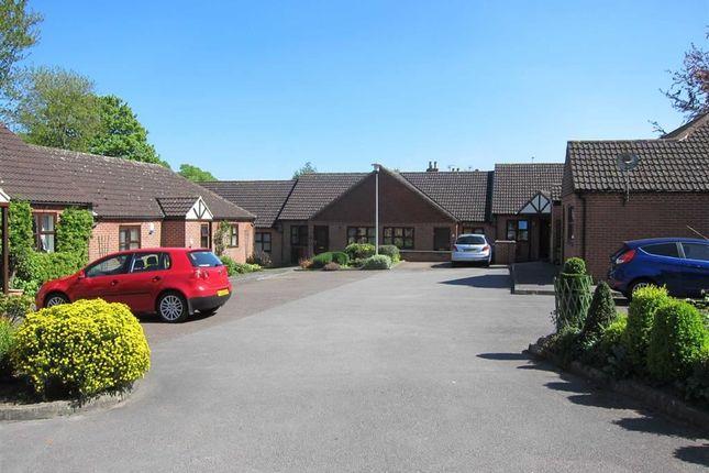 Thumbnail Detached bungalow to rent in Elmsdale Gardens, Burton Joyce, Nottingham