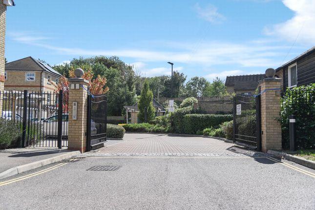 Gated Entrance of Weir Road, Bexley DA5
