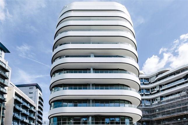 Thumbnail Flat for sale in Vista, Chelsea Bridge, London