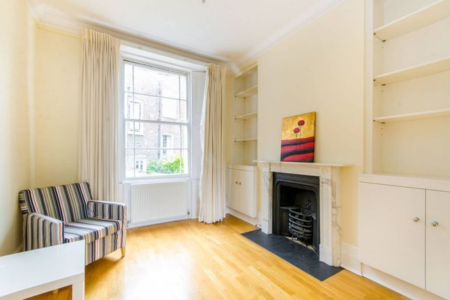 3 bed property for sale in St Philips Way, Islington