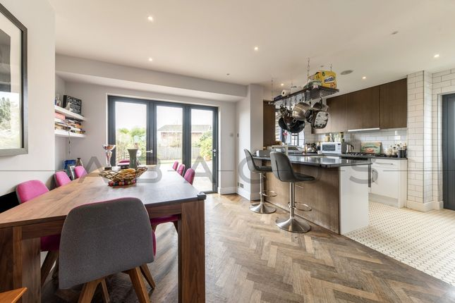 Thumbnail Terraced house for sale in Hillcrest Gardens, Dollis Hill