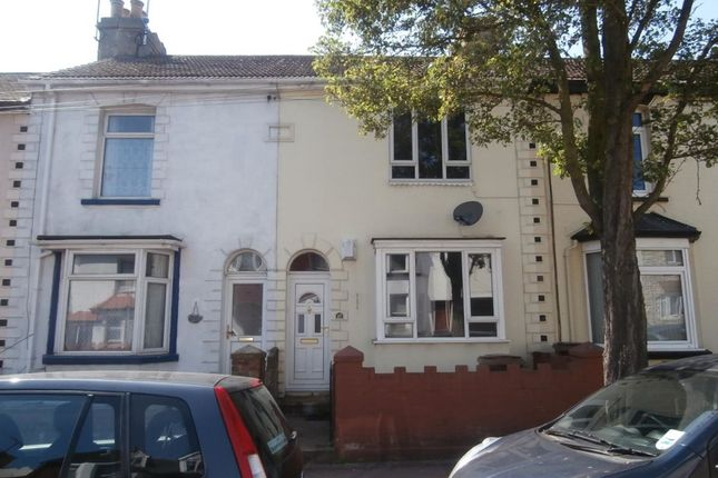 Thumbnail Property to rent in Kingswood Road, Gillingham