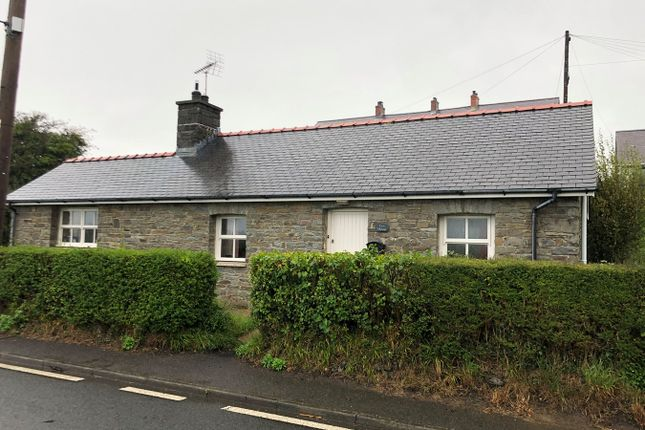 Thumbnail Cottage for sale in Ffosyffin, Aberaeron