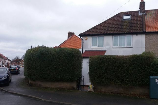 Thumbnail Flat to rent in Bishops Road, Hayes