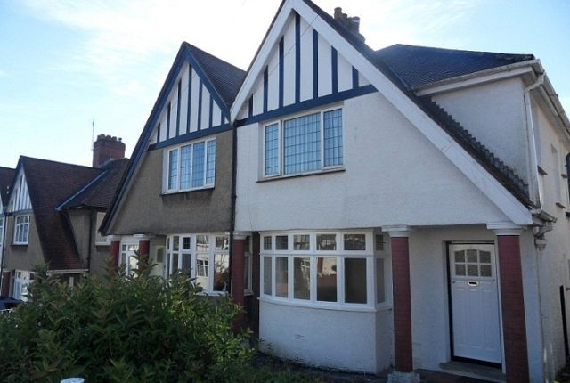 3 bed semi-detached house to rent in Dunraven Road, Sketty, Swansea