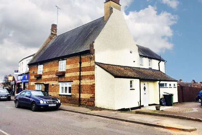 Thumbnail Property to rent in Gold Street, Wellingborough