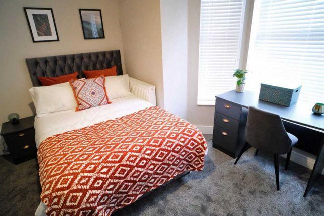 Thumbnail Shared accommodation to rent in Mistoria Villa, Castle Street