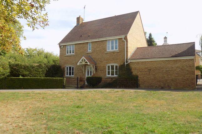 Thumbnail Property to rent in Boatman Close, Swindon