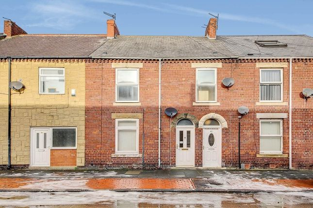 3 bed flat to rent in South Street, Shiremoor, Newcastle Upon Tyne NE27