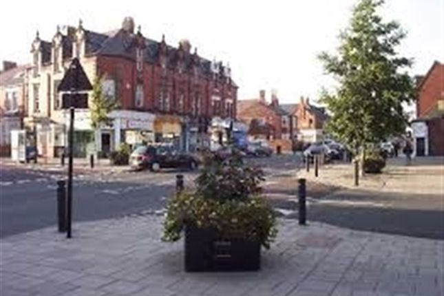 Thumbnail Flat to rent in Heaton Road, Heaton, Newcastle Upon Tyne