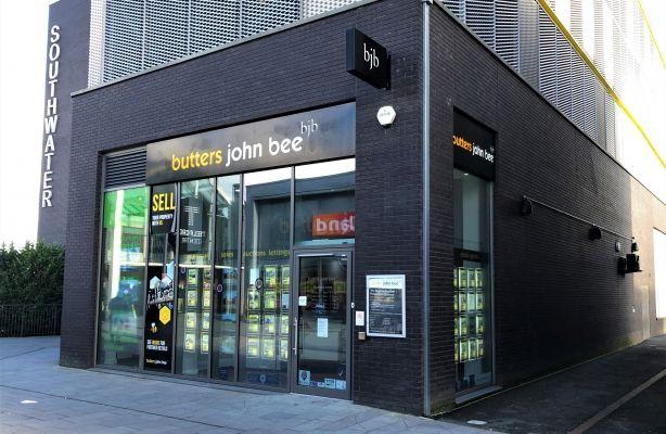 Thumbnail Retail premises to let in 4 Southwater Square, Telford Shopping Centre, Telford, Shropshire