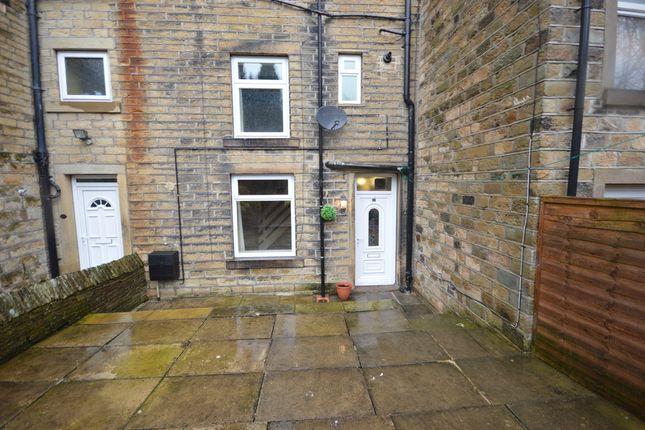 Thumbnail Terraced house to rent in Woodhead Road, Holmbridge, Holmfirth