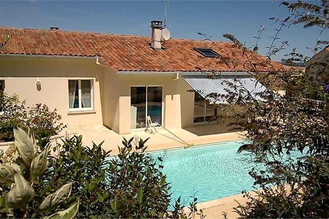 Thumbnail Property for sale in Poitou-Charentes, Charente, Segonzac