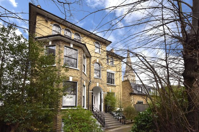 3 bed flat for sale in Lewisham Way, London SE4