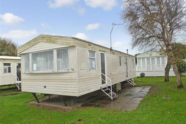 3 bed mobile/park home for sale in Reach Road, St. Margarets-At-Cliffe, Dover, Kent