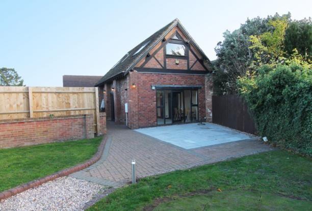 Thumbnail Barn conversion to rent in Fosse Way, Radford Semele
