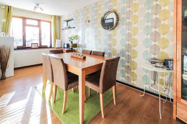 Dining Area of Alexander Close, Abingdon OX14