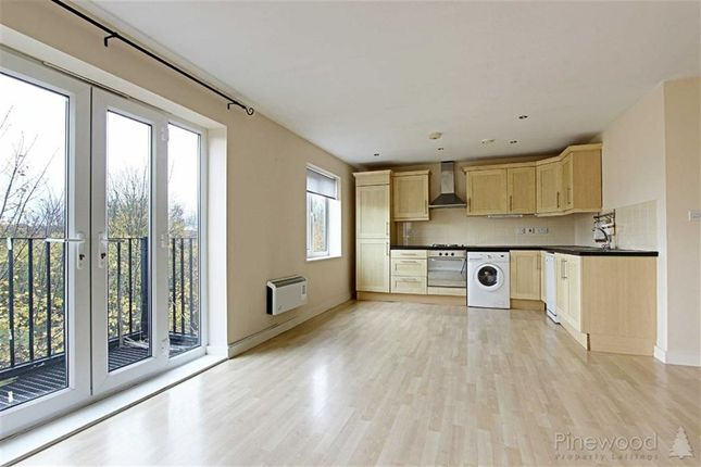 Thumbnail Flat to rent in Henshall House, Tapton, Chesterfield, Derbyshire