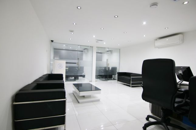 Thumbnail Room to rent in East India Dock Road, Poplar