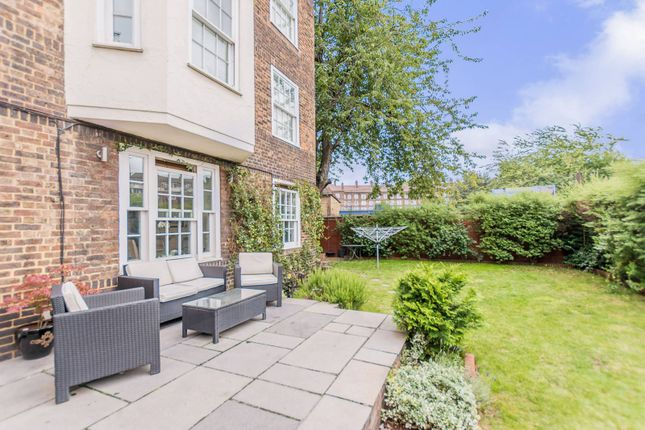 Thumbnail Flat to rent in Tyers Street, Vauxhall