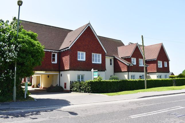 Thumbnail Flat for sale in Parsonage Barn Lane, Ringwood