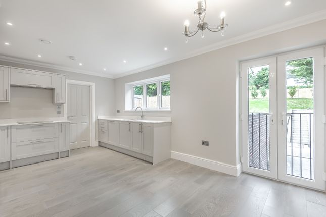 Thumbnail Flat for sale in Watcombe Road, London