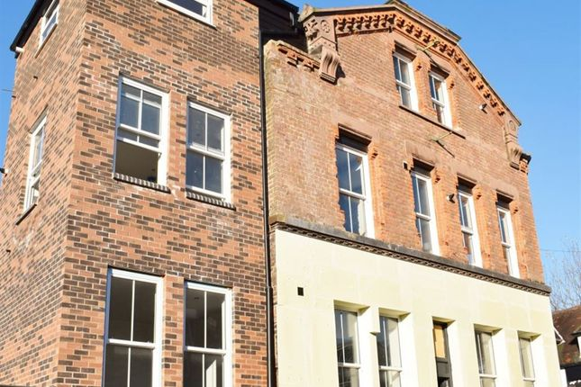 Thumbnail Flat to rent in Gladstone Street, Woolton, Liverpool 25