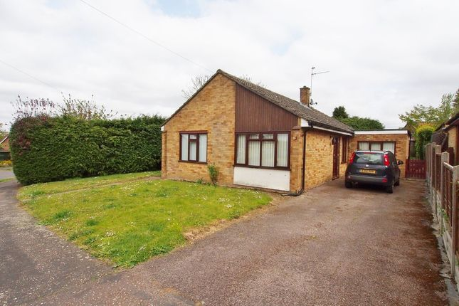 Thumbnail Detached bungalow for sale in Hillside, Barnham Broom, Norwich