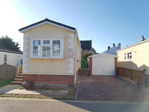 Thumbnail Bungalow for sale in Long Close, Lower Stondon, Bedfordshire