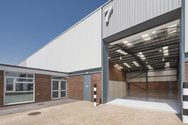 Thumbnail Industrial to let in Unit 7, Fareham Industrial Park, Standard Way, Fareham