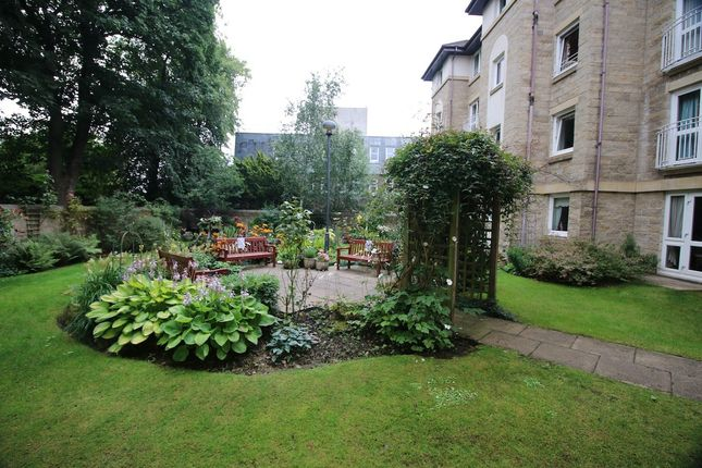 Thumbnail Flat for sale in 54 Wellside Court, Falkirk