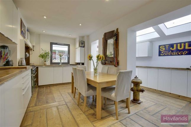 Thumbnail Semi-detached house for sale in Avondale Road, Palmers Green, London