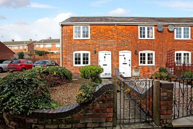 Thumbnail Terraced house to rent in Mount Pleasant, Blowhorn Street, Marlborough