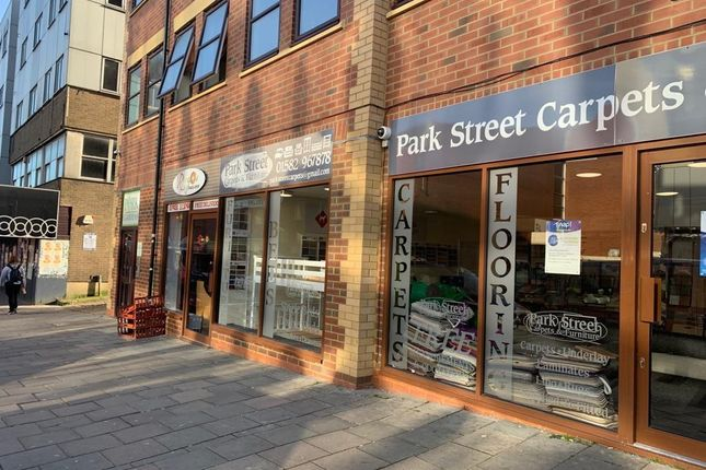 Thumbnail Property to rent in Park Street, Luton