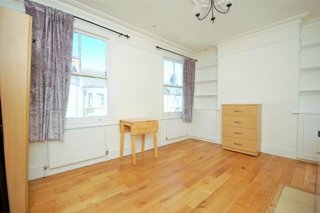Studio to rent in St. Margarets Road, London NW10