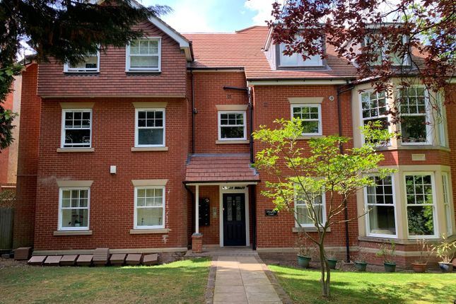 Thumbnail Flat to rent in Durham Avenue, Bromley