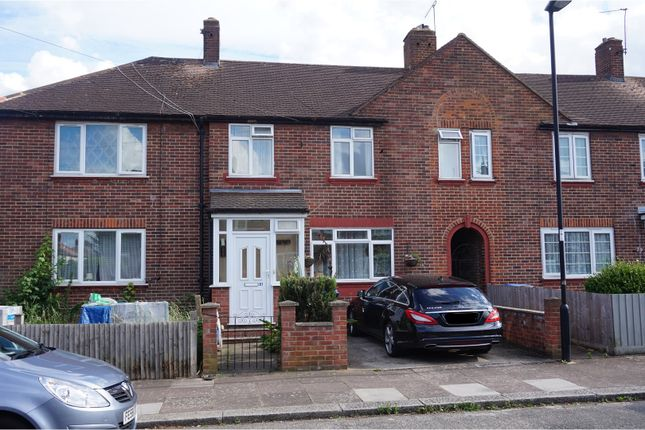 Thumbnail Terraced house for sale in Barclay Road, London