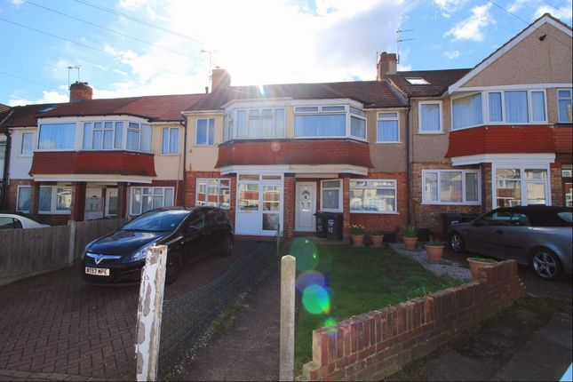 Thumbnail Terraced house to rent in Lawford Gardens, Dartford